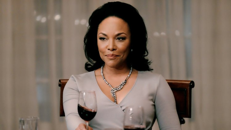 Lynn Whitfield Shines As Matriarch In Oprah Winfrey S