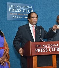 Benjamin F. Chavis Jr. (center), president and CEO of the NNPA, speaks during a press conference on police brutality and police misconduct in the Black community joined by Denise Rolark Barnes (left), the chairwoman of the NNPA and publisher of The Washington Informer, and Bernal E. Smith II, a member of the NNPA Board of Directors and publisher of The New Tri-State Defender. (Freddie Allen/AMG/NNPA)