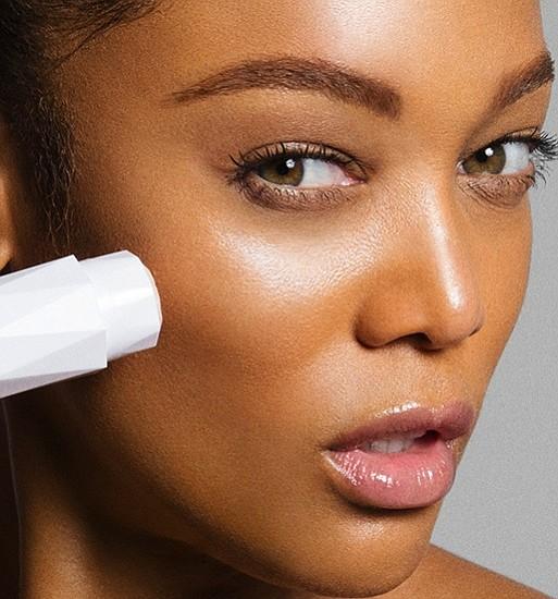 Tyra Banks Young: Tyra Banks Adds Skincare Line To Her Brand & Shares Secret