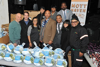 BACK ROW: organizer from the office of the public advocate Letitia James, Adrienne Felton (organizer Letitia James), Larry Scott Blackmon (VP Public Affairs FreshDirect). FRONT ROW: Keith Rubenstein (founder, Somserset partners), Jason Ackerman (Co Founder and CEO FreshDirect), Rosa Garcia (Owner of Mott Haven Bar and Grill), Ruben Diaz Jr. (Bronx Borough President), Timothy Tapia (Director of Outreach for the office of the public advocate Letitia James), organizer from the office of the public advocate Letitia James, and Ray Talovera (FreshDirect Driver)
