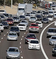Hordes of D.C. area residents will take to the road for the Thanksgiving holiday. (Courtesy of WTOP)