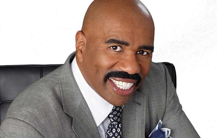 fe01e9c1d65a9 Steve Harvey returns to the Apollo for  Showtime