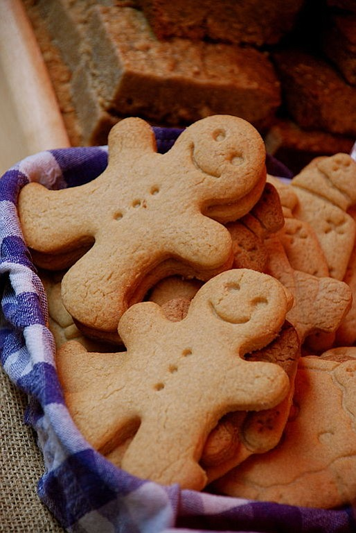 My first introduction to an ethnic cookie was the gingerbread boy or girl that I saw in the window of ...