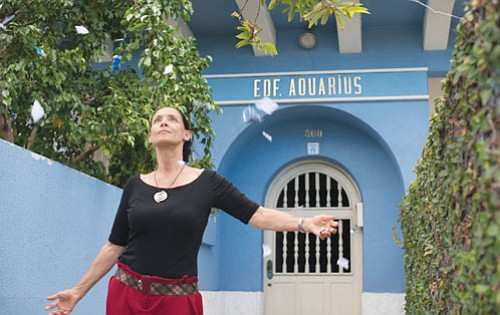 'Aquarius' is a canny film that has the power to stay with you for a long time