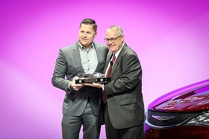 Chrysler Pacifica Named 2017 North American Utility Vehicle of the Year