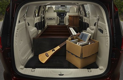 spacious trunk in 2017 Chrysler Pacifica