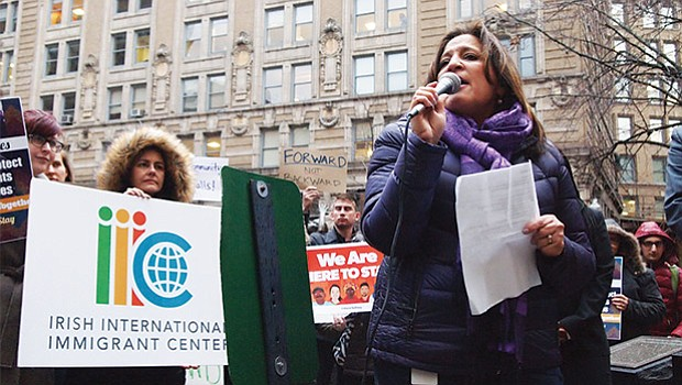 Roxana Rivera, vice president of 32BJ SEIU, spoke to the crowd on Thursday.
