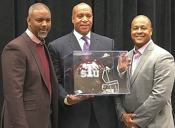 Texas Southern University honored Kevin Warren, the National Football League's (NFL) highest ranking African American executive, with its inaugural Pioneer ...