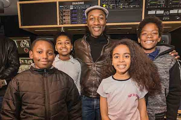 Taking a break from his fast-paced touring schedule, soul artist Aloe Blacc recently spent time with a group of young, ...