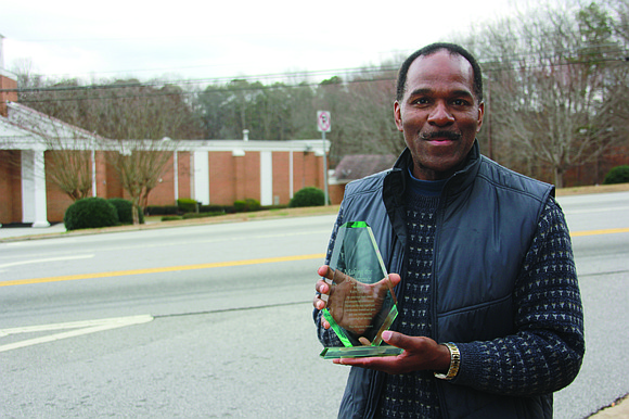 For businessman and South DeKalb resident Ken Taylor, beautifying Snapfinger Road is more than just a chore or a mission. ...