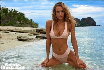 Sports Illustrated Swimsuit recently announced that Hannah Ferguson is returning for SI Swimsuit 2017! Everyone's favorite Texan bombshell returns to ...