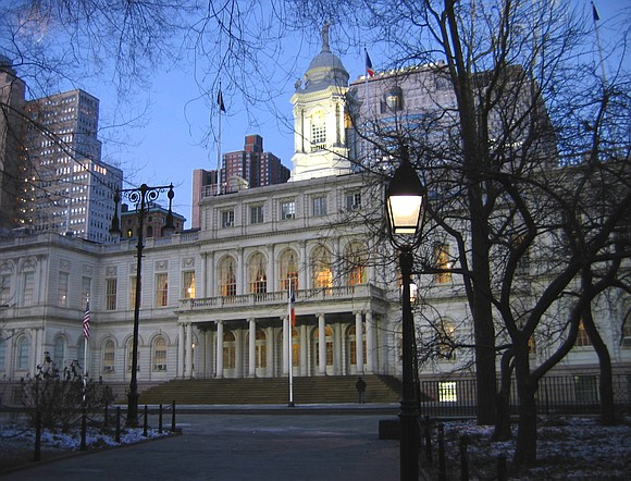 A modest gathering inside City Hall Park Thursday evening aimed at raising awareness to New York City's ongoing homeless crisis ...