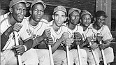 Players from the Memphis Red Sox during it's heyday. (Photo via TheUndefeated.com)