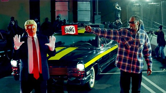 A new rap video from Snoop Dogg has stirred controversy with its mock execution of a clown dressed as President ...