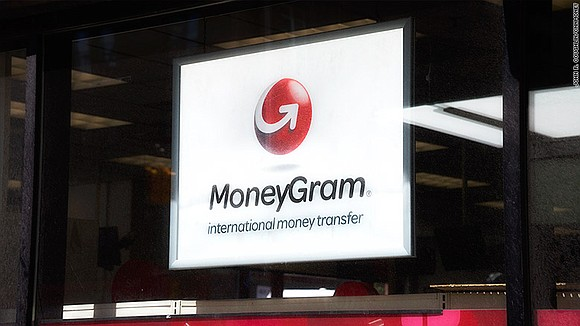 U.S. electronic payments company Euronet Worldwide just offered $1 billion to buy national rival MoneyGram, potentially sparking a bidding war ...