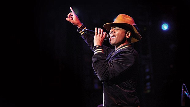 Stokley Williams performs.