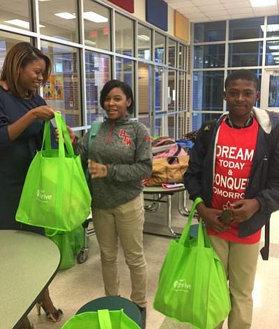On Thursday, April 7th, Dibia DREAM and Hyatt B.L.A.C.K partnered to raise awareness of childhood hunger. In the program, deemed ...