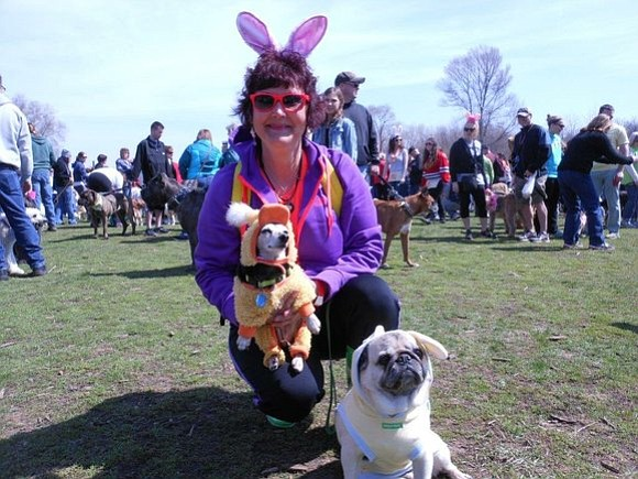 HUGS hosts the annual Doggie Easter egg hunt in Shorewood.