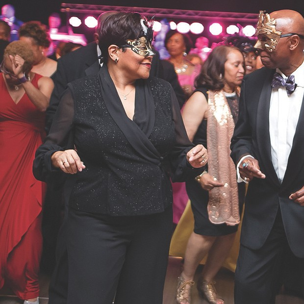 Celebrating VUU // The $200-per-person, black-tie benefit for VUU drew several hundred supporters who danced to the music of Trademark and wore masks and glitter