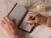 A pair of key differences in the brain may help distinguish which seniors are at risk of falling prey to ...