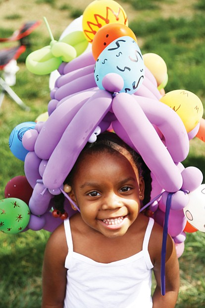 In her Easter bonnet //