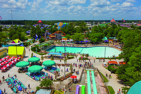 Wet'n'Wild SplashTown, Houston's largest water park featuring 41 slides, rides and attractions, is sure to make a splash this summer ...