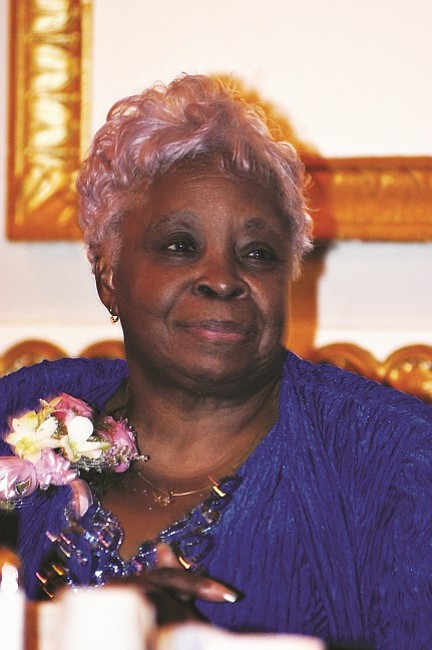 Joan E. Bailey was called home to be with the Lord on the afternoon of April 15, 2017.
