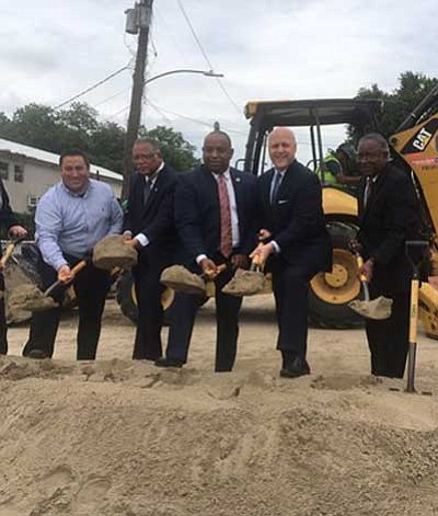 One June 1, 2017, Mayor Mitch Landrieu joined City and State officials, and community stakeholders to break ground on the ...