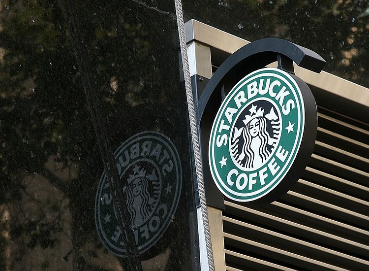 Starbucks To Close Over 8000 Stores Tuesday For Anti Bias Training