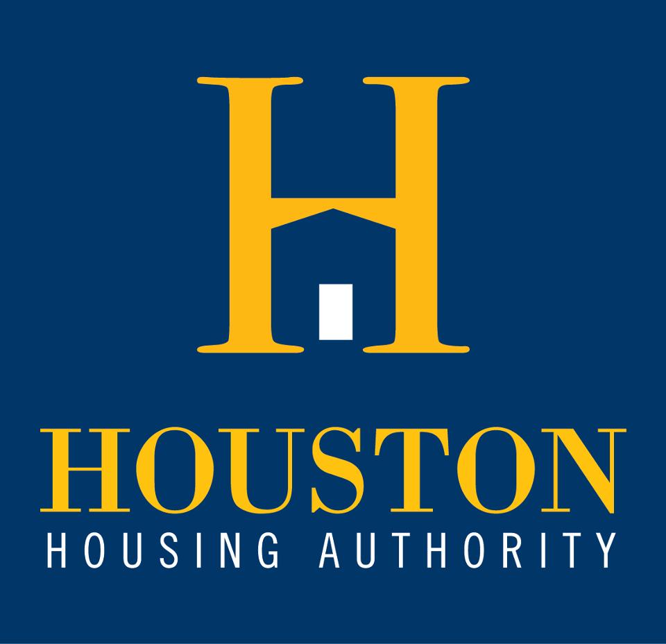 Seven Exemplary Students Awarded Scholarship From Houston