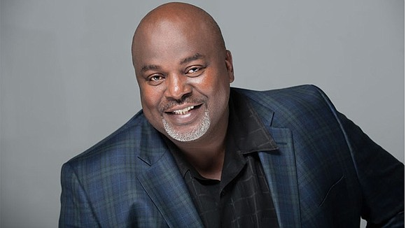 For nearly three decades, writer/author Gil L. Robertson IV has used the written word to enlighten, empower and uplift.
