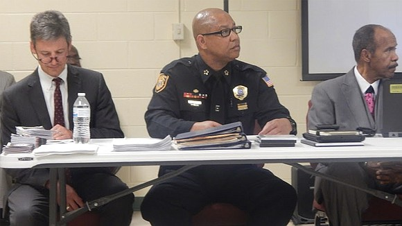 Rallings reflects on the bridge shutdown at Hickory Hill community meeting.