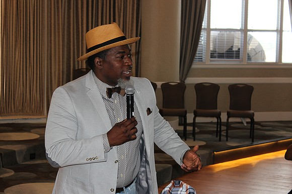 Music star provides laughter, anger and food for thought during Saturday event.
