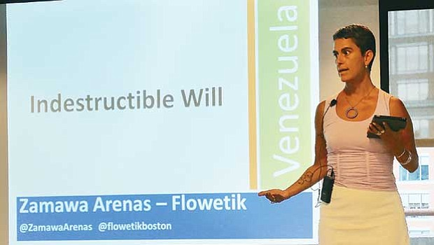 Zamawa Arenas, founder and CEO of Flowetik, takes the stage to talk about her entrepreneurial path at a July 18 forum hosted by LatInc and featuring Latina entrepreneurs.