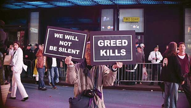 "A scene from Jem Cohen's ""Gravity Hill Newsreels: Occupy Wall Street no. 2"" (still), 2011."