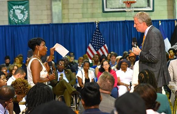 Mayor Bill de Blasio held his 31st town hall meeting in Harlem last week.