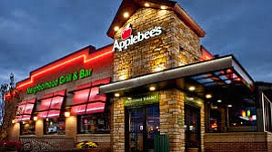 Leave it to Applebee's in Texas to serve craveable entrees to its guests while providing fundraising dollars at Food Banks ...