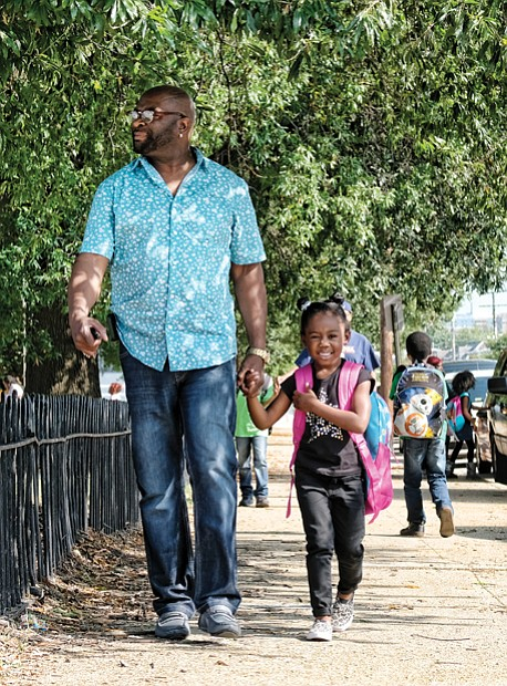 Walking my baby back home //
