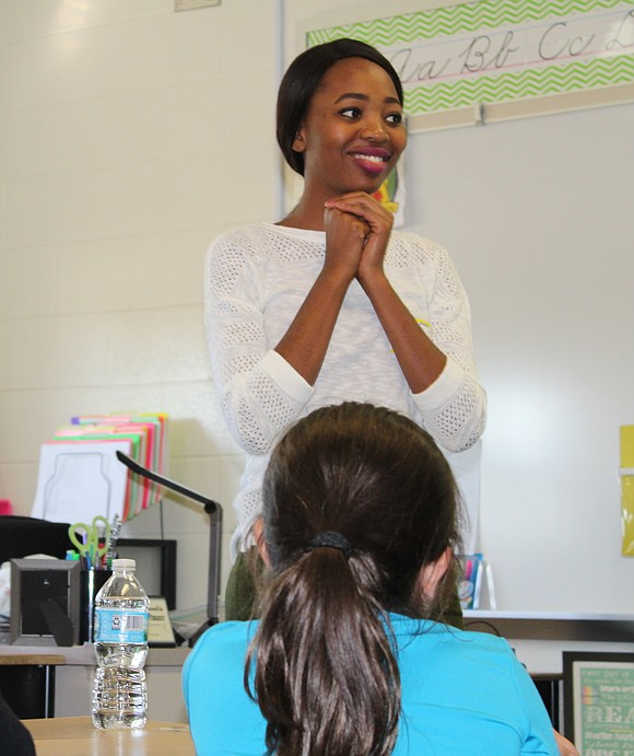 Minenhle Thabethe, a Johannesburg, South Africa native, spoke to third graders in Aryn Kukulski's class at Lincoln Elementary School recently.