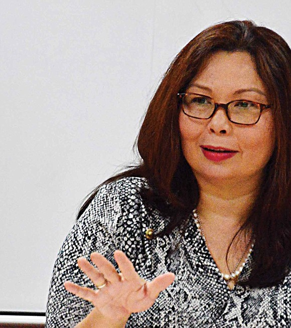 U.S. Senator Tammy Duckworth (D-IL) recently met with the South Shore Chamber of Commerce and local business owners to hear ...