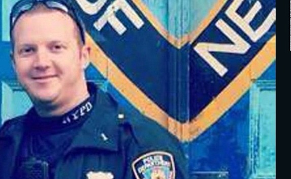 The New York police officer who shot and apprehended the suspect in Tuesday's terrorist attack has been identified as Ryan ...