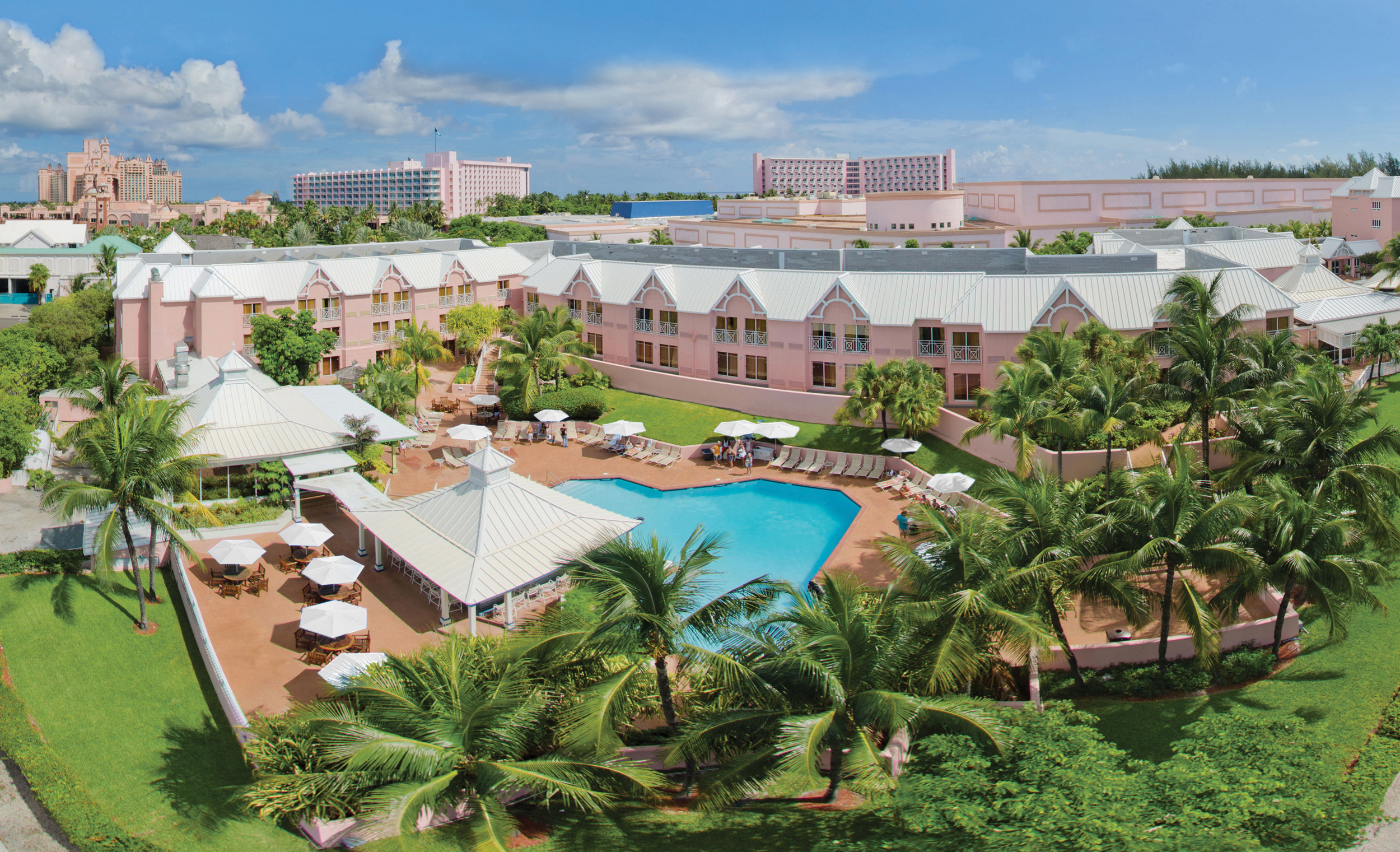 Comfort Suites Paradise Island Open For Business New