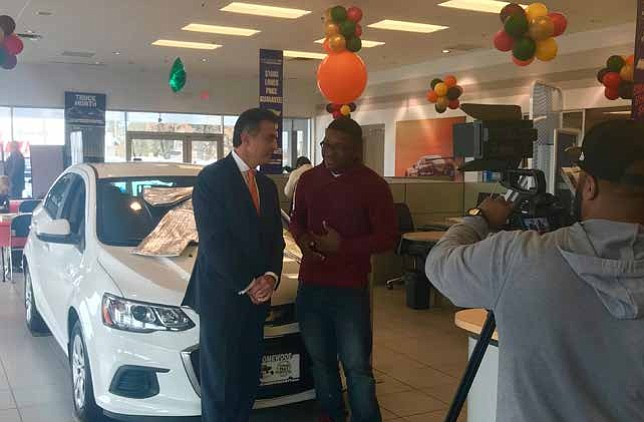 Car Giveaway 2017 >> Homewood Chevy Announces Christmas Car Giveaway Chicago Citizens