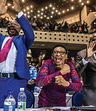Members of the Zimbabwean Parliament in Harare celebrate after Robert Mugabe's resignation. (AP photo)