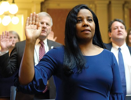 Alexandria Delegate Charniele L. Herring joins members in taking the oath of office to begin a new term