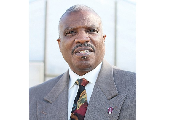 Dr. Morris G. Henderson announced at Sunday services that he would step down as pastor of Thirty-first Street Baptist Church ...