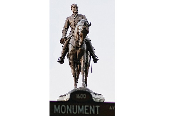 As Richmond continues to consider the future of its Confederate statues, a new poll shows Virginians favor keeping such statues ...