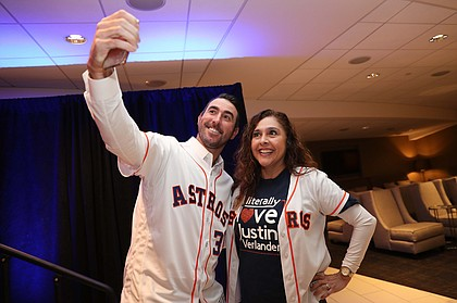 Astros Host Record Breaking Fanfest At Minute Maid Park