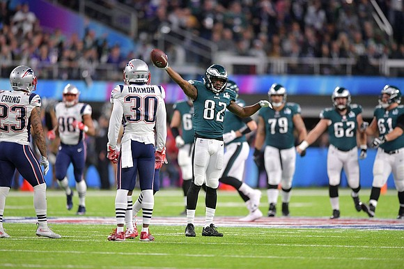 Nick Foles threw the go-ahead 5-yard touchdown pass to Zach Ertz with 2:21 to go and the Philadelphia Eagles won ...