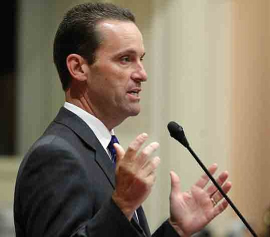 Rep. Steve Knight (CA-25) hosted two roundtable discussions recently with local..